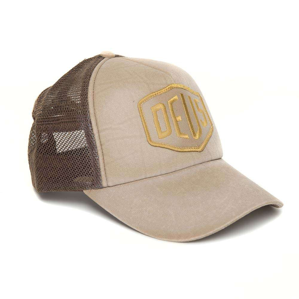 Deus Ex Machina Shield Trucker - Safari